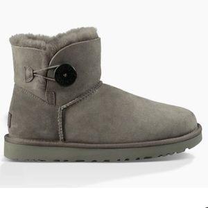 Mini Bailey ugg boot